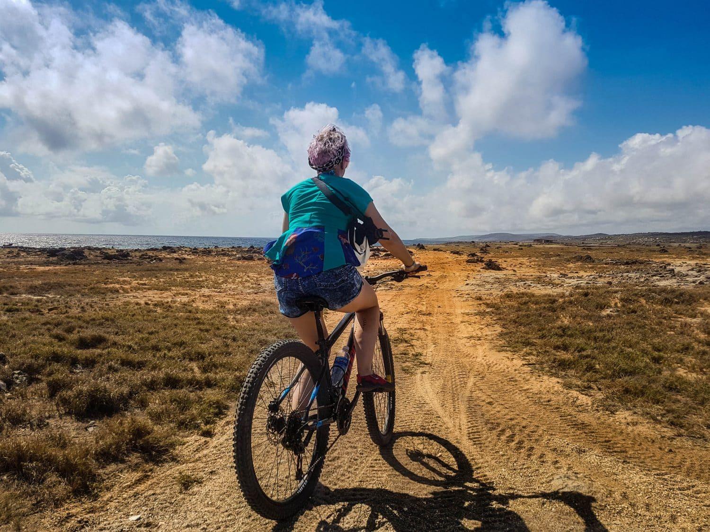 Excursions in Aruba on a bike