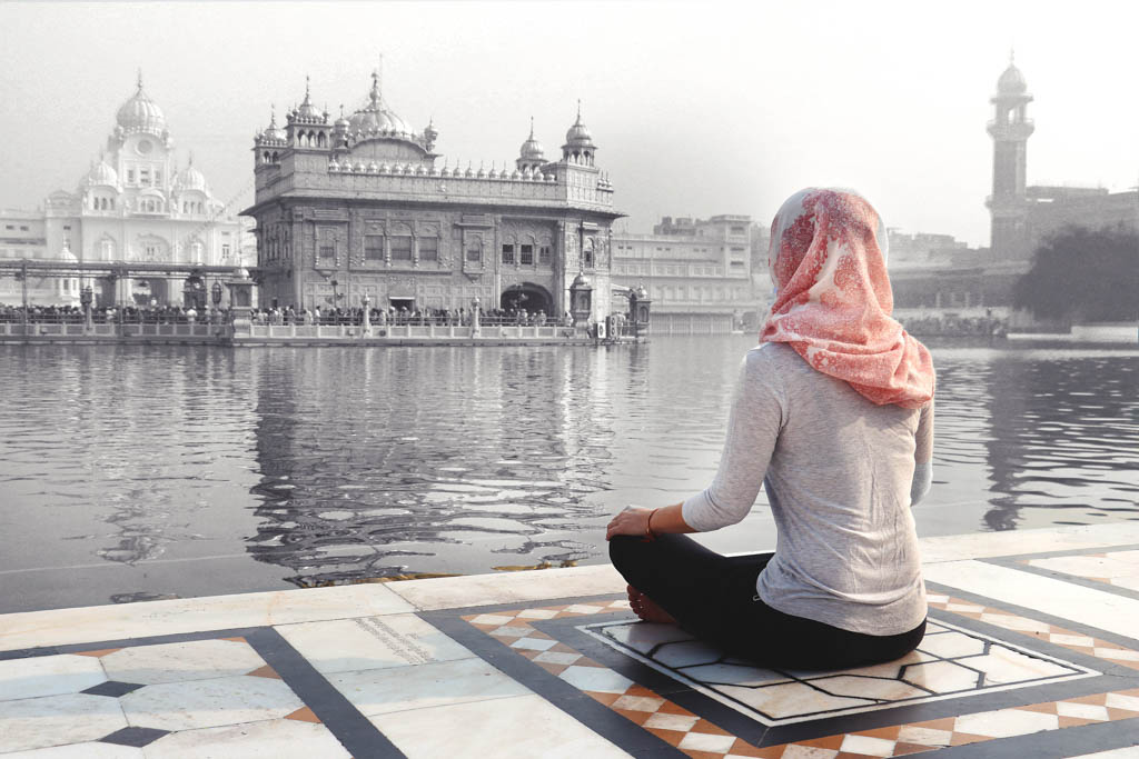 Wondering what the best places to travel in India alone are? Here are 17 awesome solo travel India destinations, especially if you are a woman! Discover the offbeat adventure side of India with top travel blogger India travel advice.