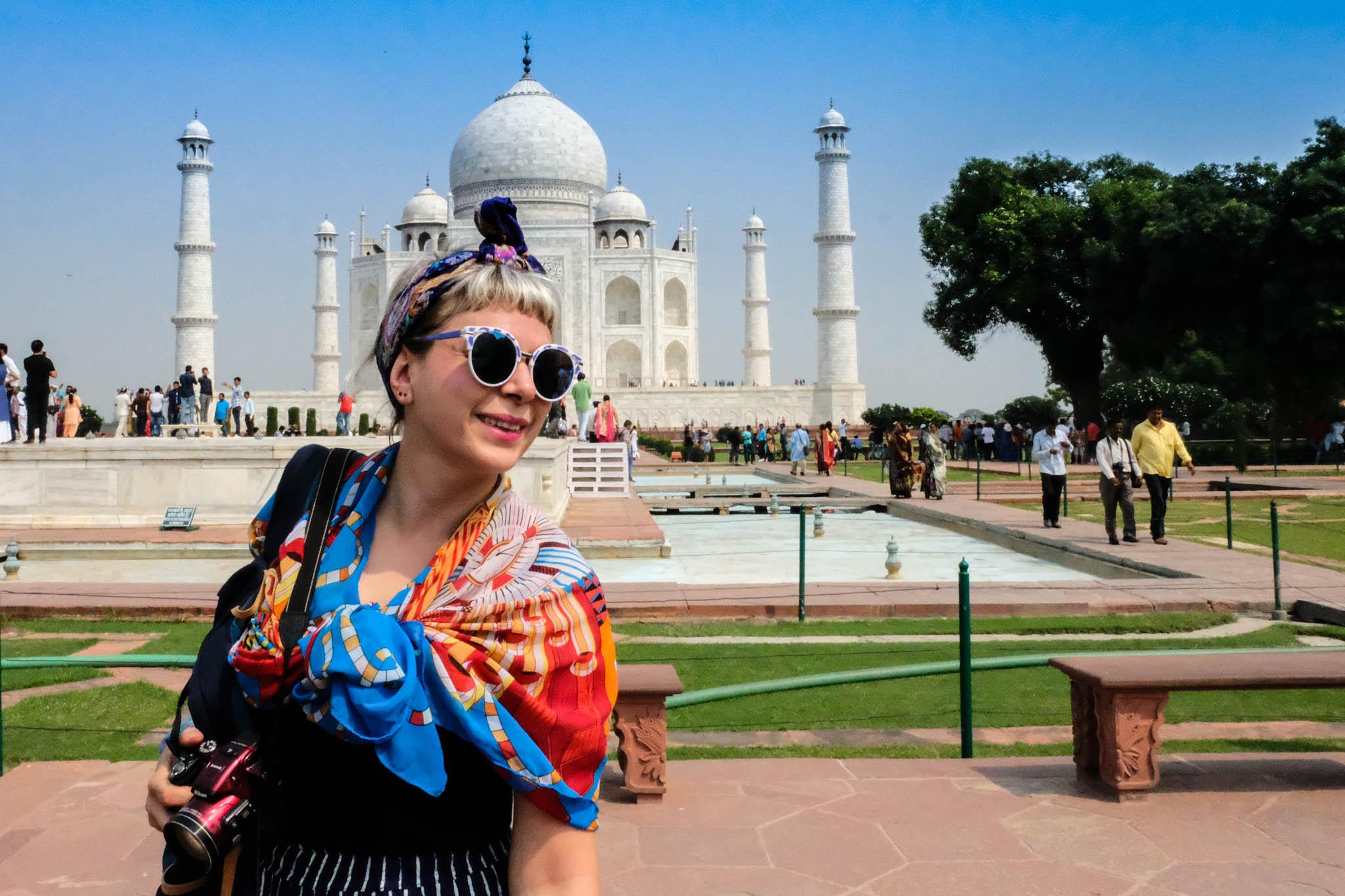 Capture travel memories with TraveLibro