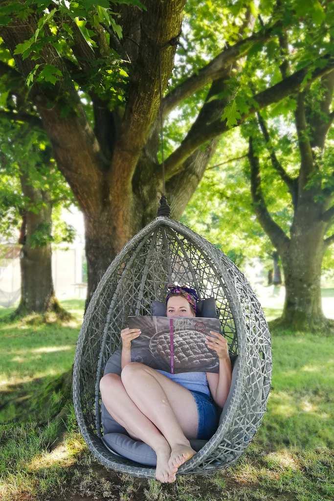 Big Berry Kolpa Resort egg swing chair