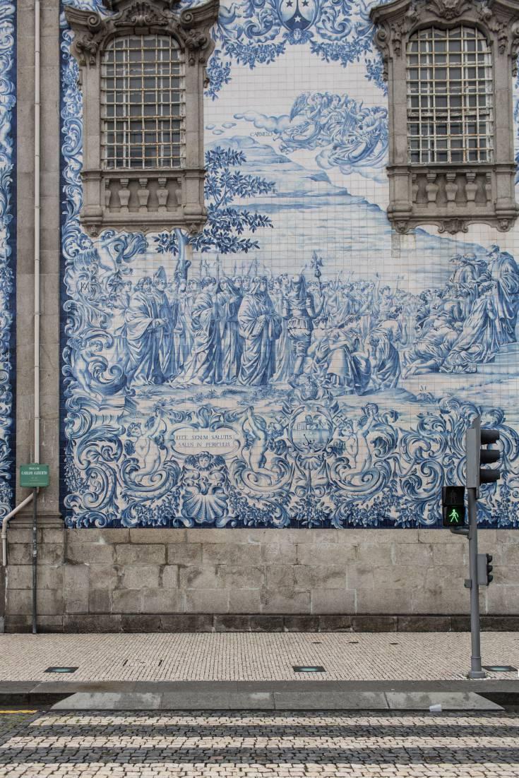 Photo of azulejo tiles in Porto, Portugal