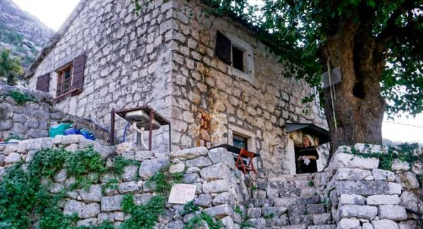 Photo of the second cafe on the trail of the Ladder of Kotor